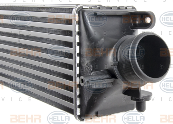 Intercooler radiateur de turbo BEHR HELLA SERVICE 8ML 376 777-751 (X1)