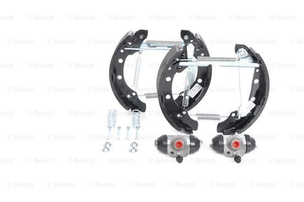 kit de frein arrière simple ou prémonté BOSCH 0 204 114 577 (X1)