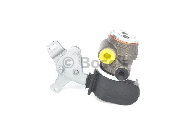 Regulateur de freinage (ou repartiteur) BOSCH 0 204 131 378 (X1)