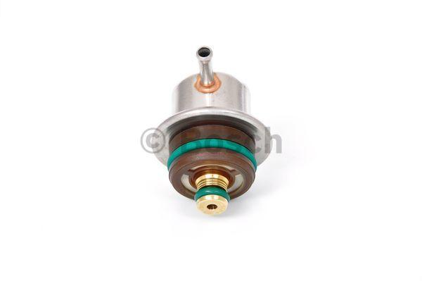 Regulateur de pression de carburant BOSCH 0 280 160 689 (X1)