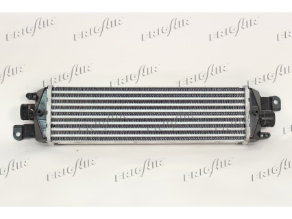 Intercooler radiateur de turbo FRIGAIR 0704.3131 (X1)