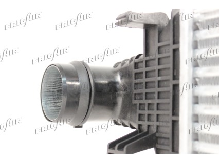 Intercooler radiateur de turbo FRIGAIR 0706.3028 (X1)