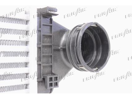 Intercooler radiateur de turbo FRIGAIR 0706.3031 (X1)