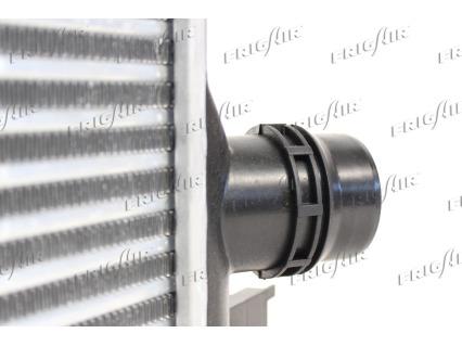 Intercooler radiateur de turbo FRIGAIR 0709.3113 (X1)