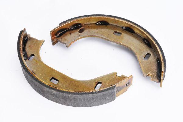 Jeu de mâchoires de frein de frein à main ABE CRB000ABE (X1)